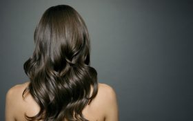8 Ways to Get a Healthy Scalp and Longer Hair